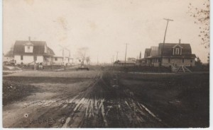 August Fahle's home in Luckey in 1913(1st house on R)